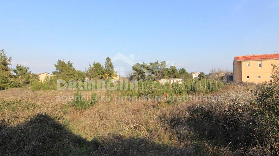 Građevinsko zemljište na otoku Viru površine 2226 m2