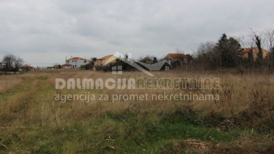 Land, 1682 m2, For Sale, Privlaka