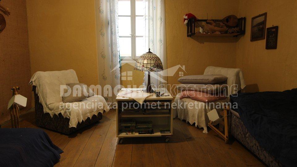 Hiša, 170 m2, Prodaja, Karlobag