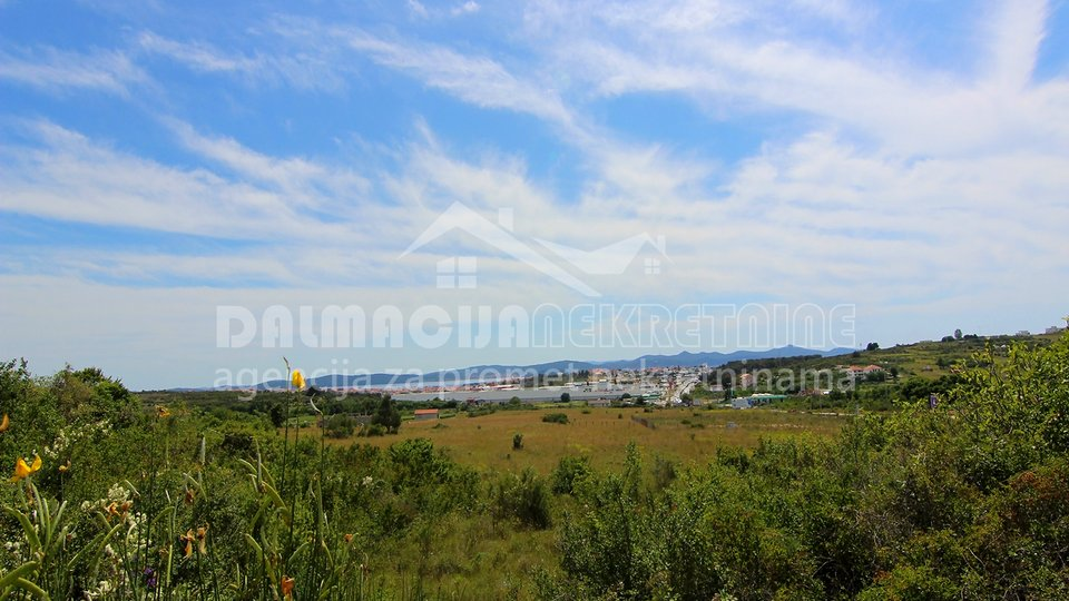 Land, 985 m2, For Sale, Zadar - Crno