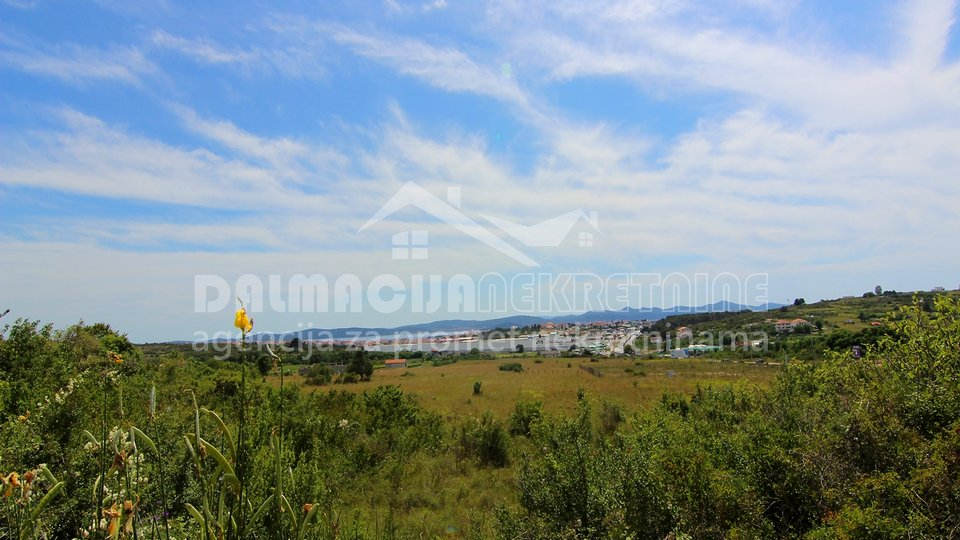 Land, 700 m2, For Sale, Zadar - Crno