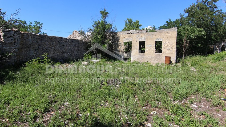 House, 300 m2, For Sale, Zadar-okolica - Crno