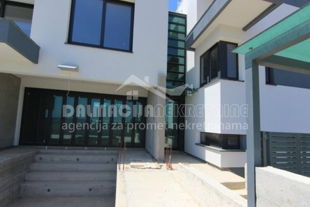 Buy house, Zadarska, Privlaka,270 m2