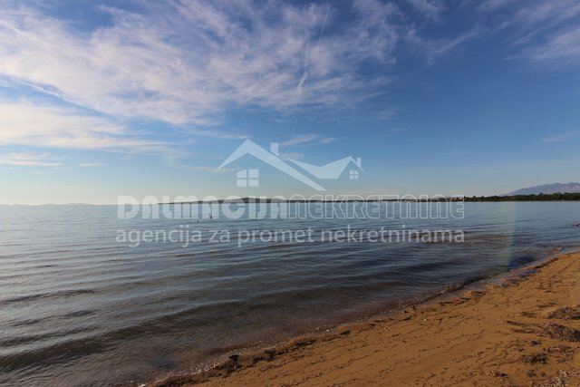 Land, 642 m2, For Sale, Privlaka